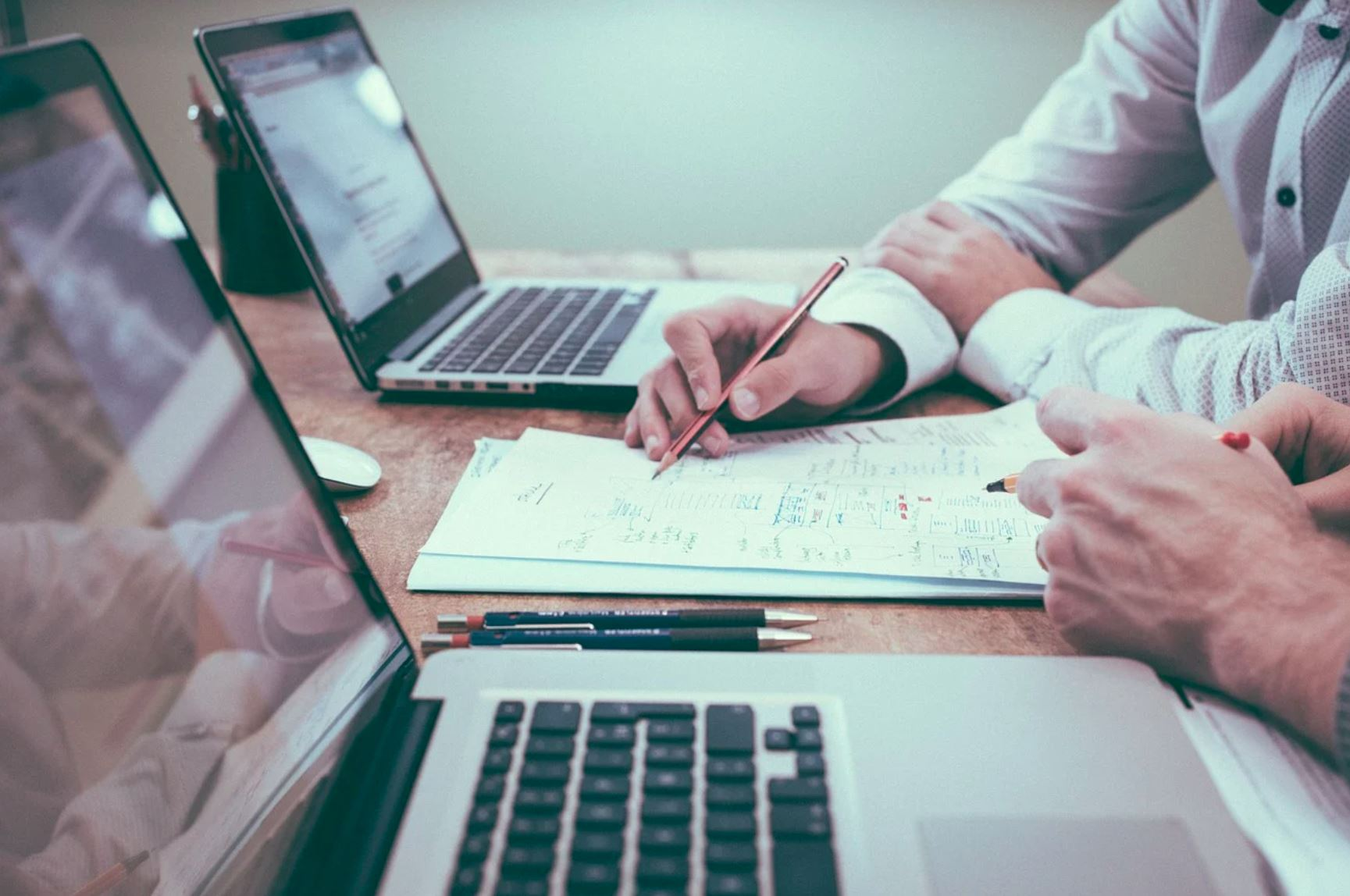 Uprawnienia akcjonariusza spółki akcyjnej w zakresie uzyskiwania informacji na temat sytuacji w spółce